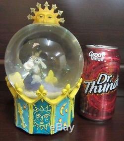 RARE Disney Hunchback of Notre Dame Esmeralda Djali Snowglobe Music Box Figure