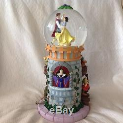 RARE Disney SNOW WHITE & 7th DWARFs Tower Spin Fig Musical Lite Up SnowGlobe-HTF
