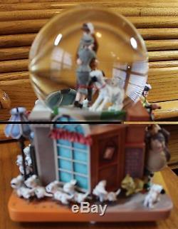 Rare Disney 101 Dalmatians Anniversary Snowglobe Plays Cruella de Vil Mint