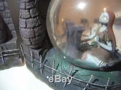 Rare Disney 2009 Nightmare Before Christmas Jack Sally Snowglobe Bookends NIB