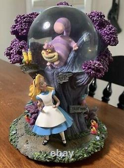 Rare Disney Alice in Wonderland I'm Late Cheshire Cat Light Up Snow Globe