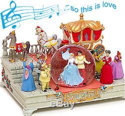 Rare Disney Cinderella Wedding Large Musical Snow Globe New in Box