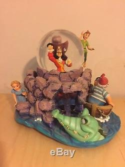 Rare Disney Peter Pan Snowglobe Captain Hook Smee Crocodile Water Globe Wendy