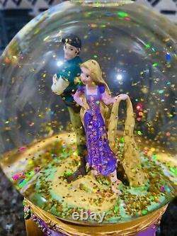 Rare Disney Tangled Rapunzel and Flynn Ryder Snow Globe