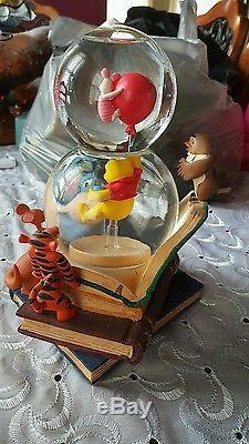 Rare Disney Winnie the Pooh Double Globe Musical Snow Globe