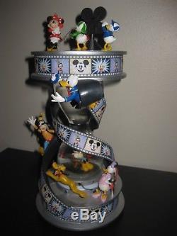Rare! LIGHT UP Walt Disney FAB 5 MICKEY & FRIENDS Hourglass Snowglobe Statue
