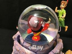 Retired Disney CAPTAIN HOOK withPeter Pan, Wendy, Tic Toc Music Snow Globe