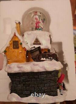 SUPER RARE Tim Burtons The Nightmare Before Christmas Disney Snow Globe