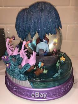 The Little Mermaid Ariel Disney Store Snowglobe EXTREMELY RARE
