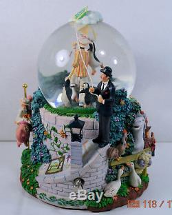 Vintage DISNEY Mary Poppins Snow Globe Plays Let's Go Fly a Kite