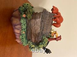 Walt Disney FOX AND THE HOUND Figurine Snowglobe Limited Edition Music Box