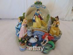 Walt Disney Princess Snow Globe Statue Snow globe Music Box Musical Globe 22293