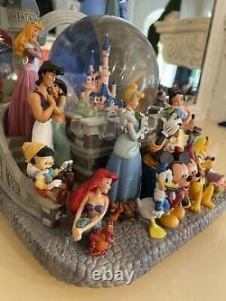 Walt Disney Snow Globe 10 Music Box Collectors Castle