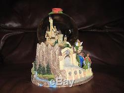 Walt Disney Snow Globe Beauty and the Beast