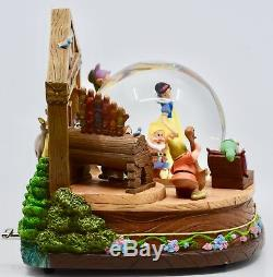 Walt Disney Snow White & 7 Dwarfs Snow Globe Sculpture with Music Box OOP Rare